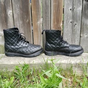 Dr. Martens Coralie Quilted 8-Eye Boots